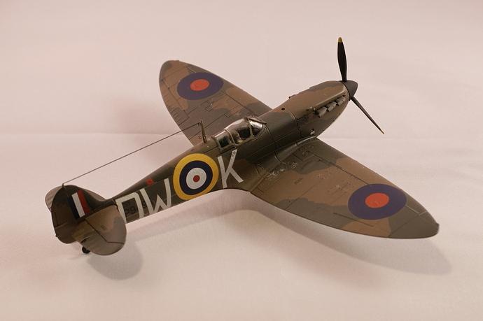 Hangar 002 spitfire mk1