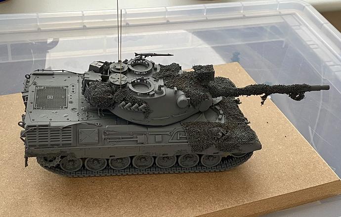 Leo 1A1 in progress (2)