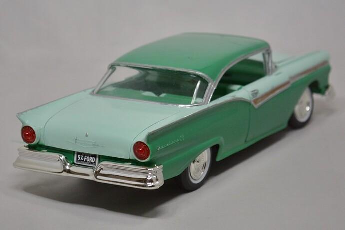 1957FordFairlane05