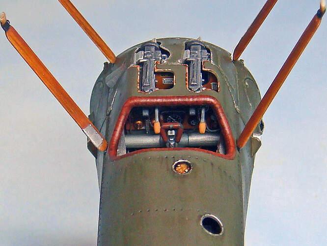 07 Cockpit-02