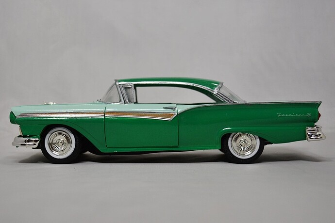 1957FordFairlane01