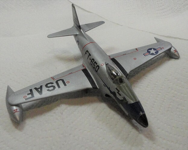 Airfix 1-72 F-80C Front