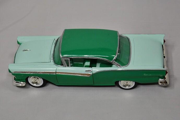 1957FordFairlane02
