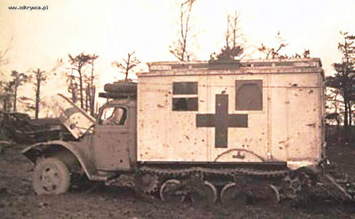 V3000S-SS M Maultier Ambulance (original)