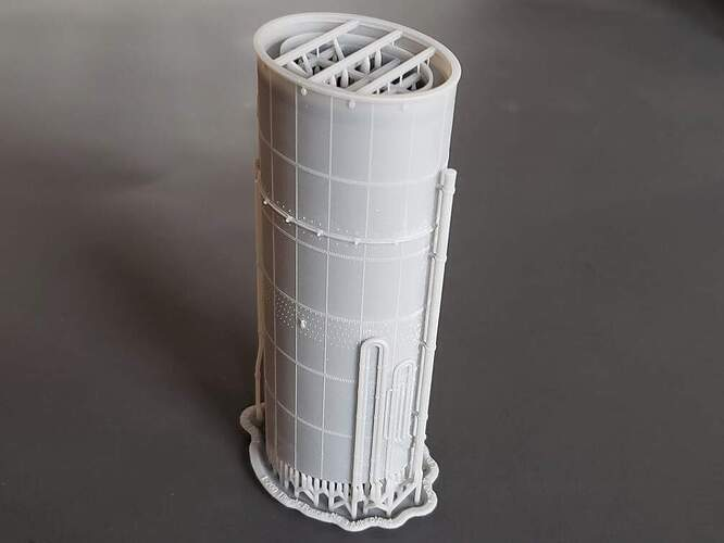 Model Monkey 1-200 Titanic Funnel No 3 fully piped b