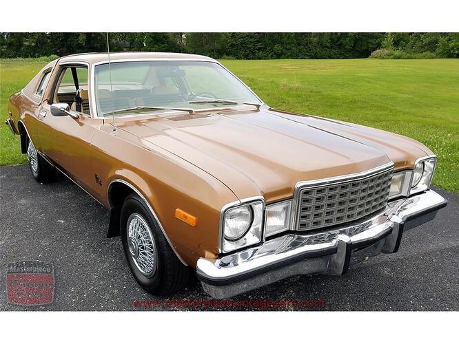 9206932-1979-plymouth-volare-std