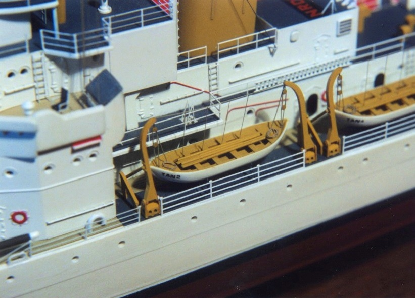 Revell Taney4 boats