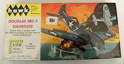 Douglas-SBD-5-Dauntless-WWII-Dive-Bomber-Hawk