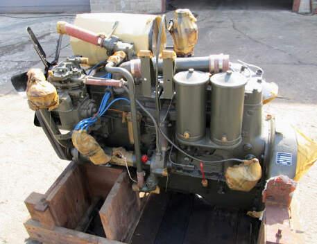 US Diamond T Engine (spark-plug wiring)