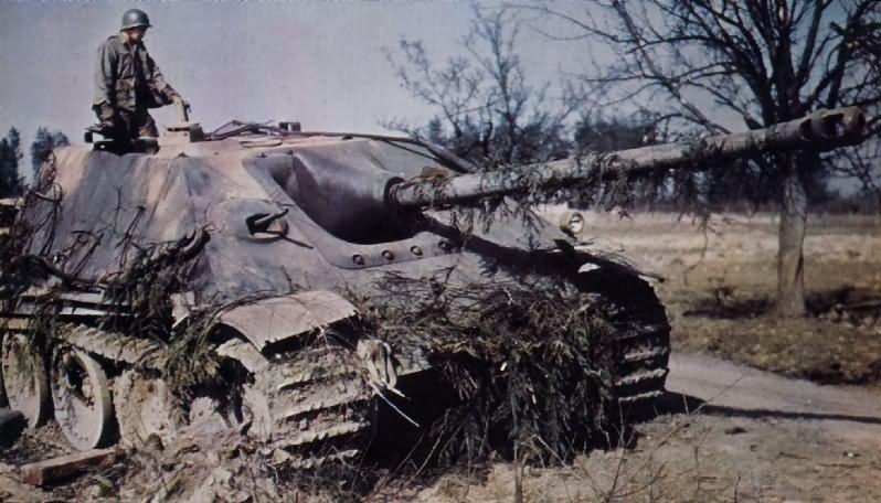 Jagdpanther_color_photo
