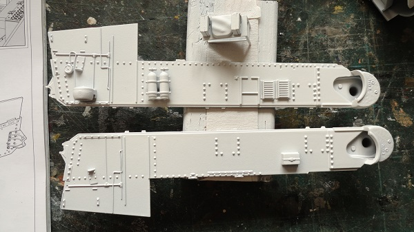 hull sides in white
