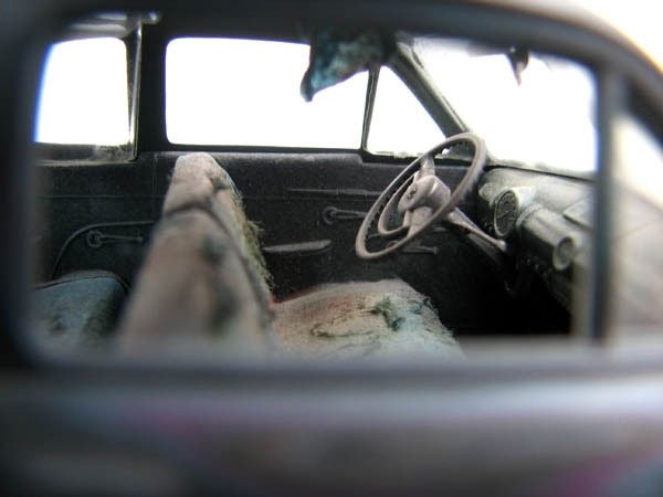 sprueone_daily-beater-Ford_interior