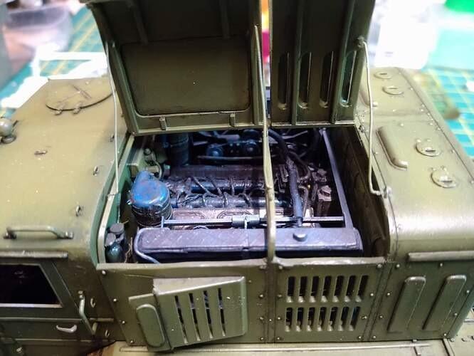 MAZ engine
