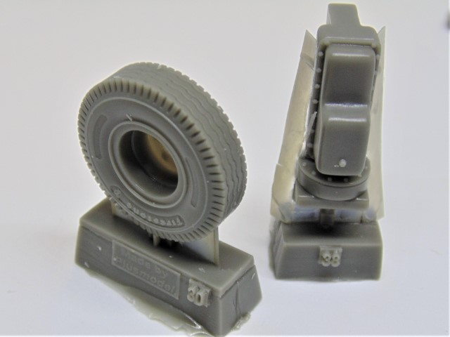 DSC01573 (Small)